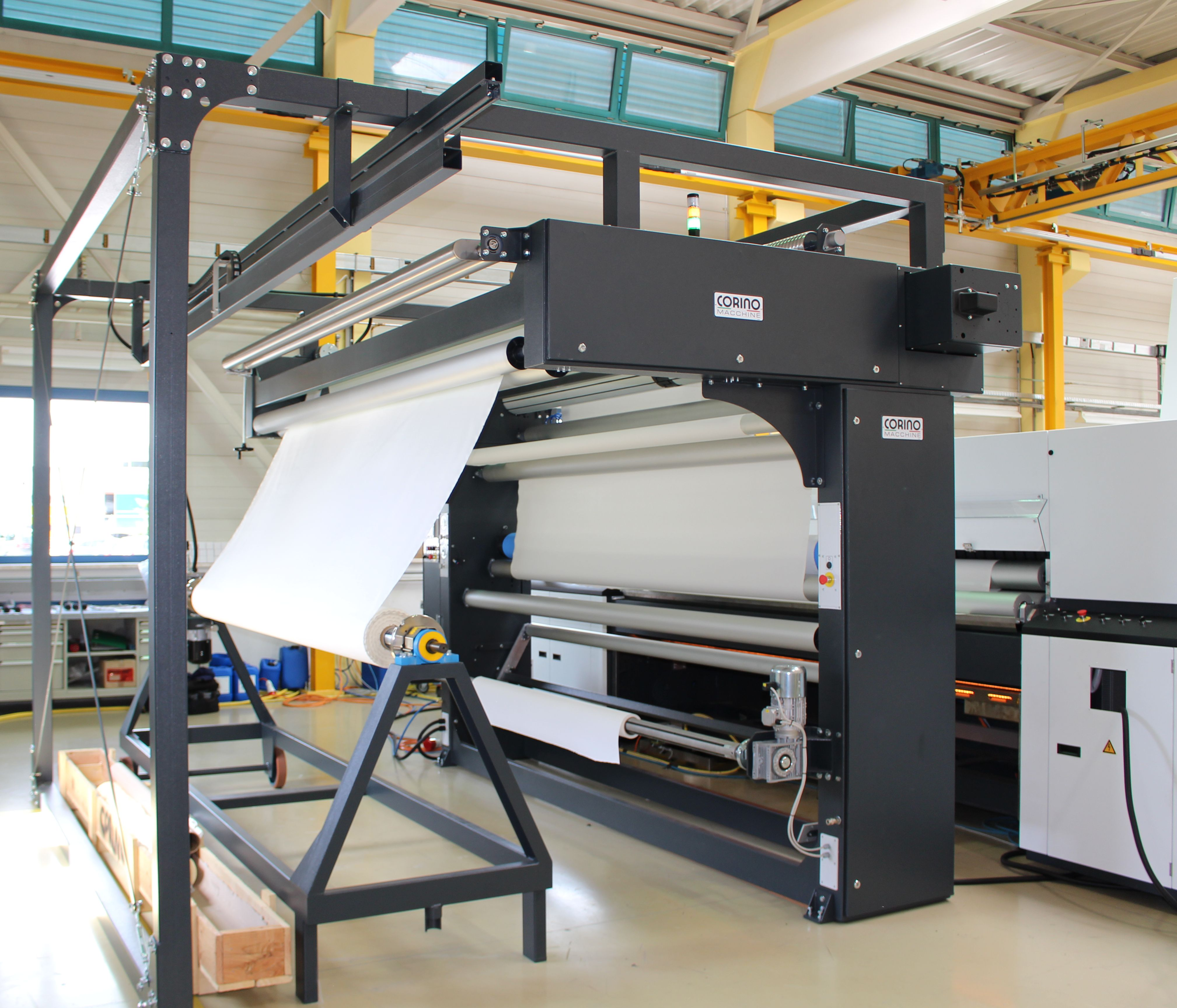 New aereal entry for digital printing machines for fabrics up to 3200 mm wide!